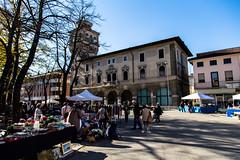 Mercantinoa a Cervignano (jerseyno12002) Tags: antiquariato friuli piazzadelpopolo flohmarkt sabato friaul cervignano mercanino