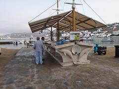 El puerto antiguo, mercado de pescado. Chora. Isla de Mikonos. Grecia (escandio) Tags: grecia chora mikonos 2015 cicladas islademikonos