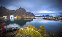 Svolvr, Lofoten (cpphotofinish) Tags: ocean blue autumn light sunset sky panorama mountain color colour reflection fall water weather norway clouds canon landscape outside island eos daylight norge photo reflex day skies foto bright image harbour outdoor n panoramic norwegian nordic dslr scandinavia canondslr lofoten havn bilder vann bluelight skyer kaia hst hurtigruten landskap bilde svolvr norske farger mk3 nordland skandinavia svinya f4l canonef ef14mmf28lusm carstenpedersen canonmkiii mklll canon5dmk3 eos5dmk3 verdensvakrestesjreise cpphotofinish canonredlable