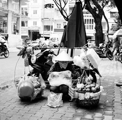 I'm bored 2 (mteckes) Tags: hasselblad 500c bw kodak kodaktrix trix ziessplanar80mm28 zeiss saigon hochiminhcity vietnam film blackandwhite monochrome