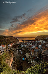 IMG_0052-Edit_edited-1 (Bev Cappleman) Tags: staithes seascape sunrise village northyorkshire northeastcoast northeast clouds cloud staithesharbour staithesbeck