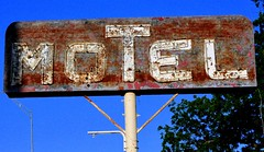 MOTEL (Rob Sneed) Tags: usa texas comanche hwy36 sign neon vintage texana americana rust weathered urban smalltown roadside retro comanchecounty countyseat