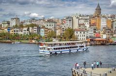 Estambul... (Leo ) Tags: mar torre glata barco embarcacin gente urbana ciudad arquitectura estambul turqua