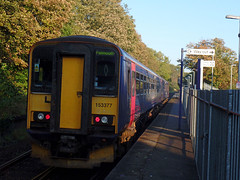 153377 & 153368 Penryn (2) (Marky7890) Tags: gwr 153368 class153 supersprinter 2t69 penryn railway station cornwall train 153377 maritimeline