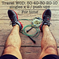 Travel WOD for time: 50-40-30-20-10, singles x 2 / push ups, 15 min #travelwod #crossfit #amsicrossfit