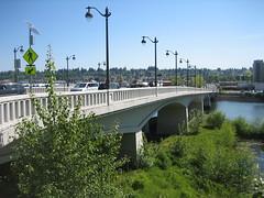 IMG_5203 (itreresearch) Tags: itre ncsu itrencsu olympia washington wa bridge river guardrail guard rail solar lights