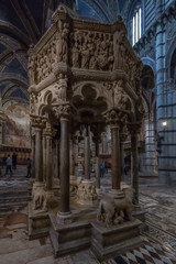 Duomo di Siena (in explore!) (RobMenting) Tags: siena building architectuur travel city italia italië architecture europe canon eos 70d