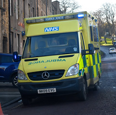 NK09EVG (Cobalt271) Tags: nk09evg neas nhs mercedes sprinter 515 cdi urgent care ambulance was bodied