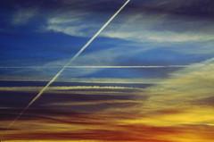 (Jean-Luc Lopoldi) Tags: ciel crpuscule traces nuages clouds evening sky couleurs abstract