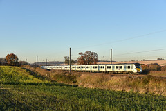 700005 - East Hyde - 2W45 (richa20002) Tags: class 700 emu electric multiple unit desiro siemens tl thameslink gtr govia mml midland mainline