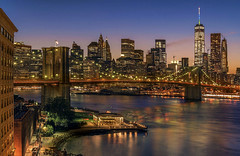 The Brooklyn Bridge and Downtown Manhattan, New York City, USA. (pedro lastra) Tags: nikon d750 nikond750 night photography newyorkcity skyline architecture city building skyscraper dusk outdoor