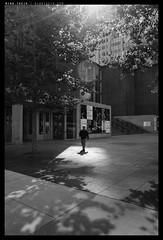 _Q116_L1040793 copy (mingthein) Tags: life leica people blackandwhite bw usa chicago man monochrome idea 28mm documentary q ming 116 reportage typ onn 2817 thein photohorologer mingtheincom mingtheingallery
