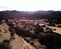003 Parking Lot From Northeast Rocks (saschmitz_earthlink_net) Tags: california parkinglot hills freeway orienteering rockformations aguadulce vasquezrocks losangelescounty 2015 laoc antelopevalleyfreeway losangelesorienteeringclub