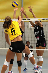 GO4G3569_R.Varadi_R.Varadi (Robi33) Tags: game girl sport ball switzerland championship team women action basel tournament match network volleyball block volley referees viewers
