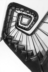 Abstract staircase (jeffclouet) Tags: nb pb bw nikon nikkor d7100 abstract staircase paris france europe capital escaleras stairs symmetry architecture arquitectura indoor perspective perspectiva graphique grafico graphic abstracto abstrait geometric geometry geometrico spiral