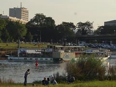 Dresden-0125_1 (pischty.hufnagel) Tags: dresden elbe dampfschiff dampfschifffahrt kurort rathen wende schaufelraddampfschiff schaufelraddampfer