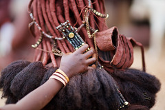 Himba woman hairs, Kaokoland, Namibia (Alex_Saurel) Tags: bebe outdoor female hair tribu portrait longhair nomadicculture portray africa indigene ethnie people femme africans ethnique headshot photojournalism portraiture traditional haircut tribe color afrique afriqueaustrale ethnic baby adult woman tradition nomadicherderculture nomadicherder nomad culture indigenous southernafrica lifestyles african day tribal nomadic 85mmf14za