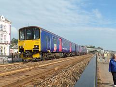 150925 Dawlish (2) (Marky7890) Tags: gwr 150925 class150 sprinter 2f21 dawlish railway station devon train