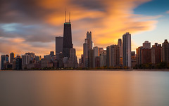 Chicago, IL at sunset (Rich Williams ) Tags: cityscape chicago sunset longexposure northavenuebeach canonef2470mmf28lusm