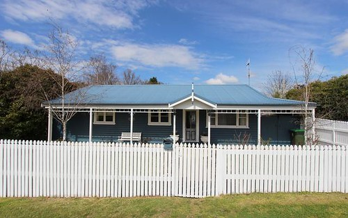 14 West Street, Bathurst NSW 2795