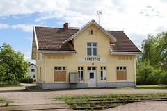 Lyrestad 2013-05-26 (Michael Erhardsson) Tags: 2013 lyrestad stationshus järnvägsstation kinnekullebanan vår maj