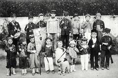 1915 (vers) Fte des Ecoles prives 02 (HCLM) Tags: ecole elves enfants garons filles possonnire educationnationnale