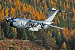RAF A400M Atlas, Thirlmere, 15/11/2016 (TheSpur8) Tags: uk skarbinski aircraft date a400m heavy lakedistrict landlocked military lowlevel roughcrag 2016 anationality places transport