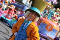 Mad Hatter (MediumHero6) Tags: face orlando mine florida character parks disney parade wdw waltdisneyworld madhatter mk magickingdom aliceinwonderland mainstreetusa fof disneyparks facecharacter festivaloffantasy