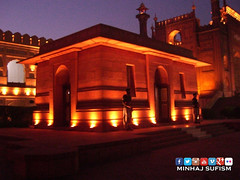 The Mausoleum of Sir Allama Muhammad Iqbal  (Mazaar-e-Iqbal) (Muhammad Tayyab Raza) Tags: pakistan tomb mausoleum punjab sir lahore muhammad badshahimosque iqbalpark iqbal allama mazaareiqbal
