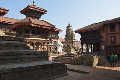 Nepal, Bhaktapur (dscheronimo) Tags: travel nepal nikon asia asien buddhism unesco malla reise worldheritage bhaktapur weltkulturerbe d800 buddhismus hindus