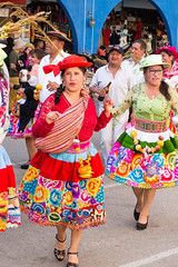 Harvest festival..Ftes des moissons Peru Huancavelica (geolis06) Tags: geolis06 prou peru 2016 amriquedusud southamerica huancavelica fte harvest moisson festival fiestadelascosechas celebration clbration traditionnal omedem5 olympus costume suit tradionnelgarment vtementtradionnel indien indian portrait streetportrait olympusm1240mmf28