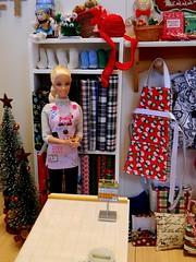 Just Julia - The Crafty Rat (rata-tat-tat) Tags: dolldiorama barbiediorama barbiepivotal