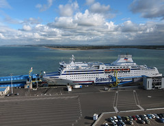 France - Ouistreham (3) (de kist) Tags: kap france frankrijk normandy normandi ouistreham ferry ferryouistreham