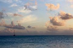 IMG_0086 (Sergiojoshua) Tags: bora borabora polynesia polinesia polinesie franaise mare mar sea barca barco boat veliero regata tropics tropical tropicale tropico polynsia