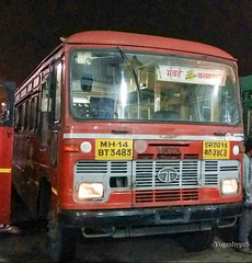 Mumbai - Karmala (yogeshyp) Tags: msrtc st msrtcparivartanbus karmalast