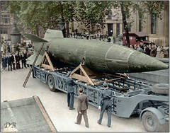 #V2 rocket on display in Trafalgar Square, London, showing what was hitting them, ca. 1945 [969x759] (colorized) #history #retro #vintage #dh #HistoryPorn http://ift.tt/2gVtFY3 (Histolines) Tags: histolines history timeline retro vinatage v2 rocket display trafalgar square london showing what was hitting them ca 1945 969x759 colorized vintage dh historyporn httpifttt2gvtfy3