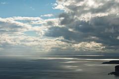 Tasman Peninsula (Cape Raoul) - Sunbeams (m_neumann) Tags: australien caperaoultrack tasmanien tasmania australia discovertasmania caperaoul sunbeams sun clouds cape raoul tasmannationalpark