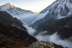 Last light, first fog. Thore (Laura Jacobsen) Tags: everest everestbasecamptrek everesttrek nepal solukhumbu trekking