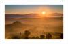 Toscana - Val d'Orcia sunrise (bella.pete) Tags: sony toscana sunrise val dorcia podere belvedere singhray daryl benson twilight mist fog hills