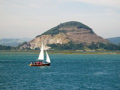 Paseo a vela, Santoa- Cantabria. (Eduardo Ortn) Tags: mar costa velero cantabria paisaje