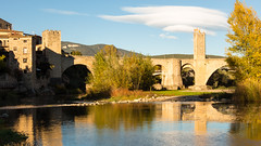 Besal: Old Bridge (rafa.esteve) Tags: architecture arquitectura besal bridge espaa girona puente spain 16x9