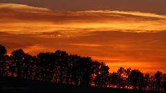 Coucher de soleil (Sbastien Vermande) Tags: sunset sky cloud france countryside spring lot ciel nuages campagne printemps coucherdesoleil midipyrnes canon7d vermande