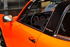 orange on Porsche 911 Targa 2.7 (1977) (Transaxle (alias Toprope)) Tags: auto orange berlin cars beautiful beauty car 22 design amazing nikon power 911 s voiture coche porsche soul boxer motor bella autos 1977 powerful injection eleven macchina coupe coches coup styling sportscar voitures toprope targa nineeleven meilenwerk macchine elfer motore sportcars d90 flat4 911s 4cylinder 27litre boxerengine 9car motorklassik rearengine 2litre bellamacchina bevelgears neunelf einspritzer overheadcamshafts 9sport classicremise