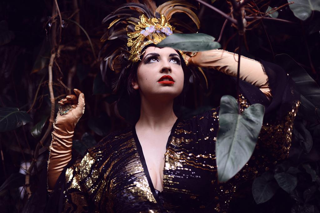 El Tigre Mark Liddell Tags Show Red Portrait Woman Plants Brown Eye Nature