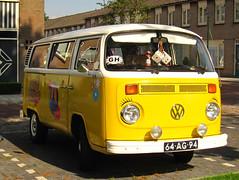 1973 Volkswagen Transporter 221611 (T2) (rvandermaar) Tags: 1973 volkswagen transporter 221611 t2 vw volkswagentransporter vwtransporter vwt2 volkswagent2 sidecode3 64ag94 rvdm