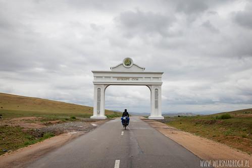 W drodze do Khujirt