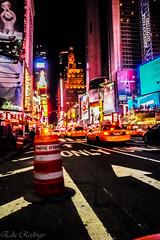 TImes Square (Edu Rodrigo) Tags: road street york winter light usa newyork streets cars apple night america skyscraper luces noche calle big holidays traffic carretera manzana manhattan taxi advertisement highrise gran invierno nueva bigapple vacaciones coches exposicion rascacielos anuncios eeuu callejero airelibre granmanzana