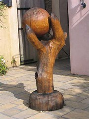 "Sculptures • <a style=""font-size:0.8em;"" href=""http://www.flickr.com/photos/28678584@N00/22799577421/"" target=""_blank"">View on Flickr</a>"