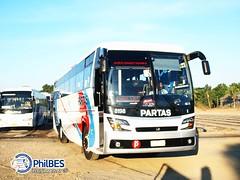 New DM12 for 19 ([B]oylakbay) Tags: bus deluxe partas philbes