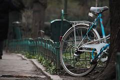 Anglų lietuvių žodynas. Žodis bike reiškia n šnek. dviratis n šnek. motociklas lietuviškai.